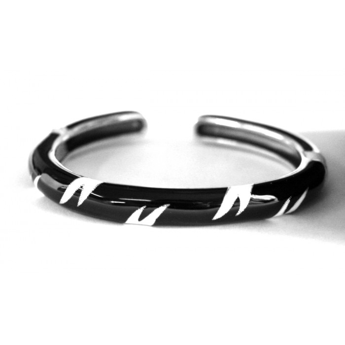 Sterling Silver Black White Enamelled Bangle